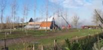 Schuur vol stro in brand in Vechmaal