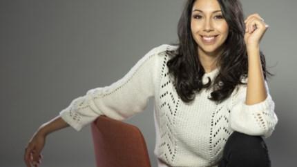 TV-TIPS. Karen Damen debuteert in Familie en tien weken met Danira