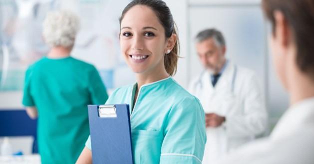 """Werken in de zorg: """"Geld of niet, we hebben meer verpleegkundigen nodig"""""""