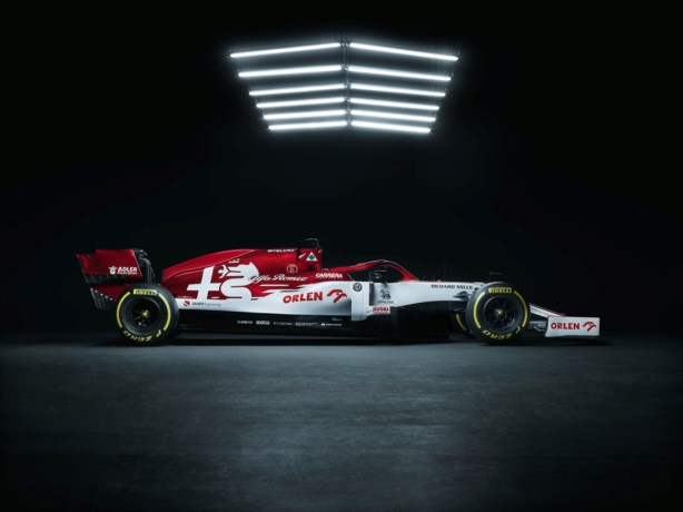 Alfa Romeo stelt rood-witte F1-bolide voor