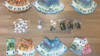 Cocaïne, cannabis en geld gevonden bij huiszoekingen: drie twintigers opgepakt