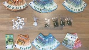 Drugs en cash geld gevonden bij huiszoekingen in Genk: drie twintigers opgepakt