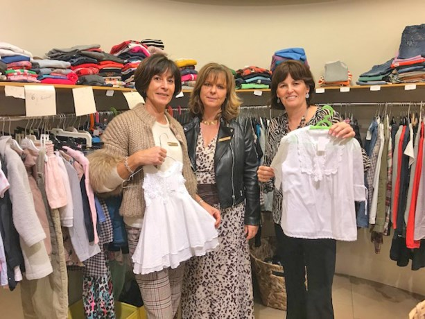 "Soroptimisten presenteren  "" POP-UP Dress for less"""