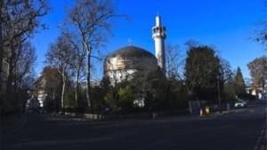 Man neergestoken in moskee in Londen, dader overmeesterd