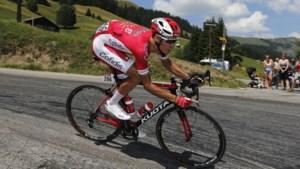 Vluchter Anthony Perez weerstaat peloton in eerste etappe Ronde van de Var