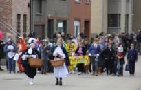 De Bron viert carnaval