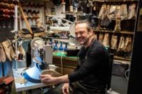Chris geeft dankzij unieke machine zelfs sneakers een tweede leven