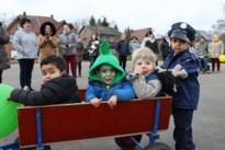 De Startbaan geeft startschot: eerste stoet trekt door de straten
