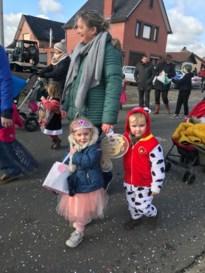 Leerlingen Wijer lopen mee in carnavalsoptocht