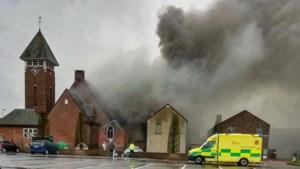 Twee katten dood bij zware brand aan kerk Voorshoven, bewoners bevangen door rook