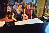 Muziekschuur met bezielende muziek in huiselijke sfeer