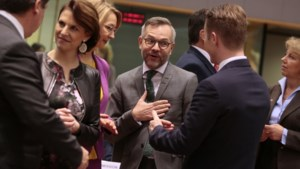 EU zet zich schrap voor moeilijke onderhandelingen over handelsrelaties met Britten na Brexit