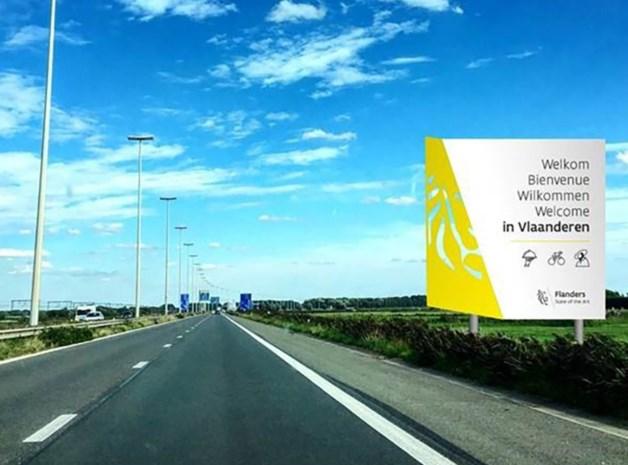 Sociale media lachen met schrijffout op nieuw Vlaams verkeersbord