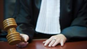 Ouders en hun zonen voor Hasseltse rechter na mishandeling dochters