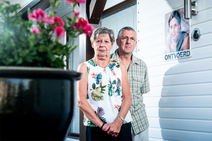 """Ouders van Elke Wevers: """"We weten wie onze dochter heeft vermoord"""""""