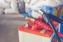 Inbraak in recyclagepark van Riemst: daders nemen autobatterijen mee