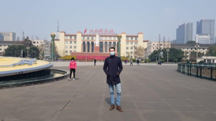 """Genkenaar Gabriele Mazzoni: """"Hier in China is het leven stilgevallen"""""""