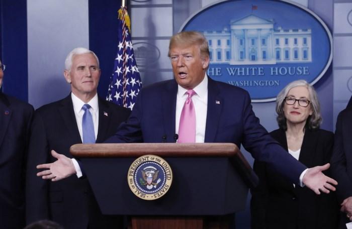 Trump ziet weinig gevaar in het nieuwe coronavirus