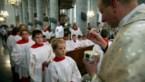 Katholieke kerk neemt maatregelen tegen het coronavirus: geen hostie op de tong