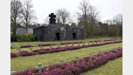 Lommelaar (21) moet educatief programma op militair kerkhof volgen na racistische uitlatingen
