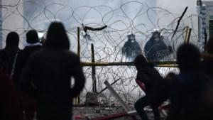 Erdogan bevestigt: grens met Europa blijft open: duizenden migranten mogen oversteken