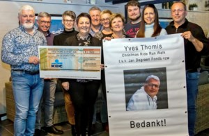 CRRW Thomis Yves schenkt 3500 euro aan Jan Degraen Fonds