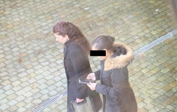 """""""Nachtmerrie waar ik nooit uit wakker word"""": 8 jaar cel geëist tegen vrouw die jongetje (3) doodsloeg in Peer"""