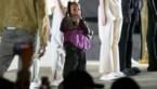 North West mag modeshow van papa Kanye al rappend afsluiten