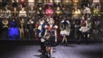 Louis Vuitton maakt indruk met tweehonderdkoppig koor