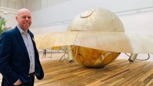 Jambon niet gewonnen voor sp.a-voorstel om apart Panamarenko-museum te bouwen