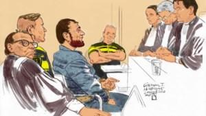 Tramschutter Utrecht, Gökmen T. bespuugt rechters en wordt zaal uitgezet