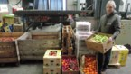 Dirk brengt elke week 150 kilogram fruit naar Natuurhulpcentrum