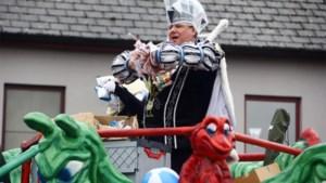 Bekijk hier de foto's van de carnavalsstoet in Stokkem