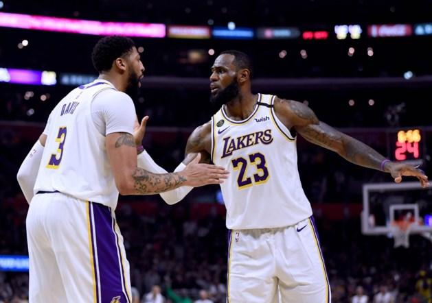 NBA. Lakers winnen stadsderby, staartploeg Phoenix verrast Milwaukee