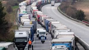 Files van meer dan 40 km lang aan Duits-Poolse grens door strikte controles