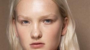 TIPS. Zo haal je de no make-up-look van de catwalk naar je badkamer