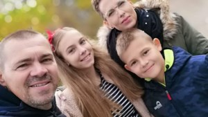 "Milos Kostic: ""Chatten met familie in Ljubljana"""