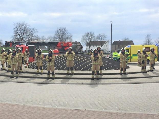 Brandweer steunt personeel AZ Vesalius met loeiende sirenes en luid applaus