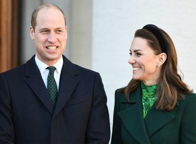 Prins William en Kate Middleton delen ongeziene foto's van hun gezin en eigen moeders