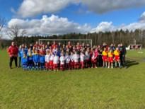 Footfest KWS Linkhout lokt 60 nieuwsgierige meisjes