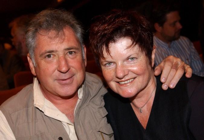 """Janine Bischops valt overlijden van Johny Voners zwaar: """"Ze is helemaal van de kaart"""""""