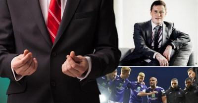 Kan jouw werkgever je vragen je maandloon af te staan, net als bij Anderlecht?