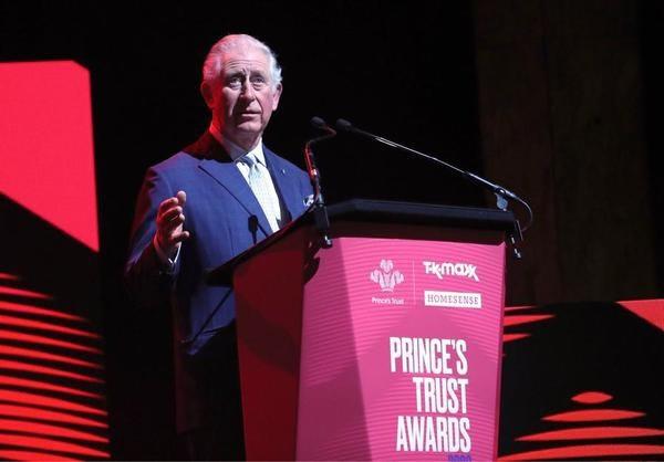 Britse prins Charles (71) test positief op corona