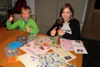 Anton (8) en Marte (12) knutselen hartverwarmende kaartjes