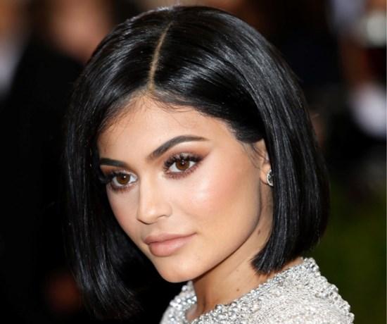 Kylie Jenner doneert een miljoen dollar aan ziekenhuizen