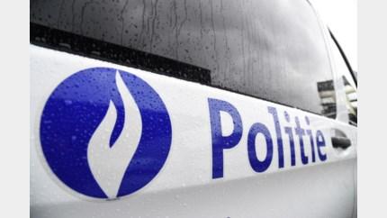 Roemenen met inbrekersmateriaal aan grens in Moelingen tegengehouden