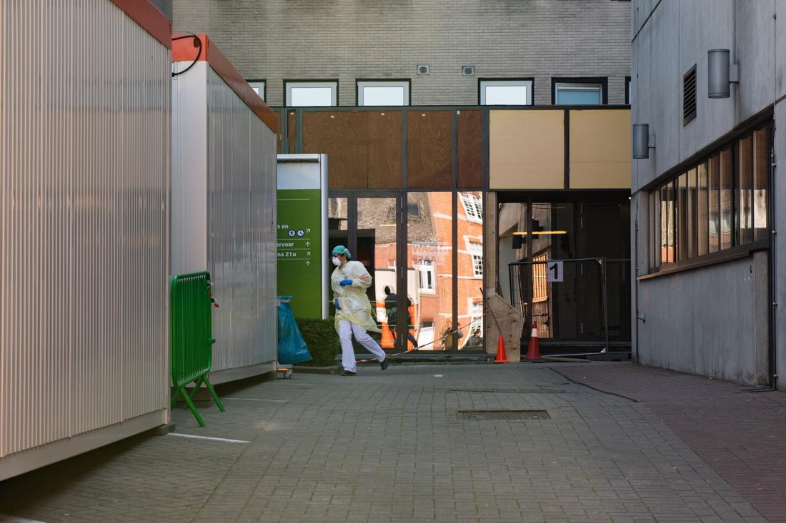 """In het hard getroffen Limburg: """"Als de curve straks niet afbuigt, hebben wij een probleem"""""""