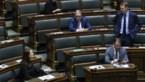 Kamer richt vaste commissie op om volmachten regering Wilmès te controleren