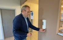 Truiens bedrijft countert tekort aan alcoholgel met nieuwe alcoholspray