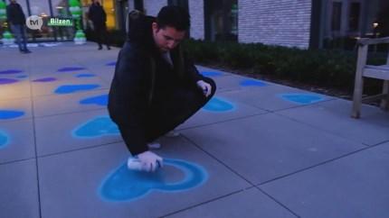 Bilzerse artiest vrolijkt bewoners woonzorgcentra op met kunst